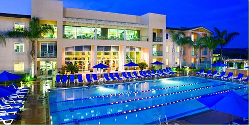 Resort_exteriorpool