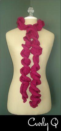 Curly Q scarf