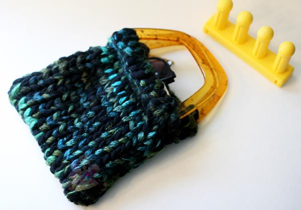 Zippy Zoom Bag Loom Knit
